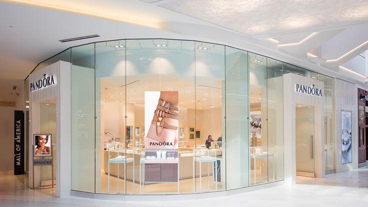 pandora jewelry store careers